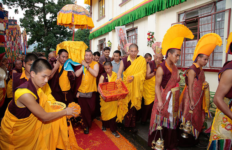 The kudung of Shamar Rinpoche arrives in Kalimpong. Photo/Thule G. Jug