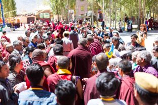 Thaye Dorje, His Holiness the 17th Gyalwa Karmapa, arriving at Karma Dupgyud Choeling Monastery. Photo / Tokpa Korlo