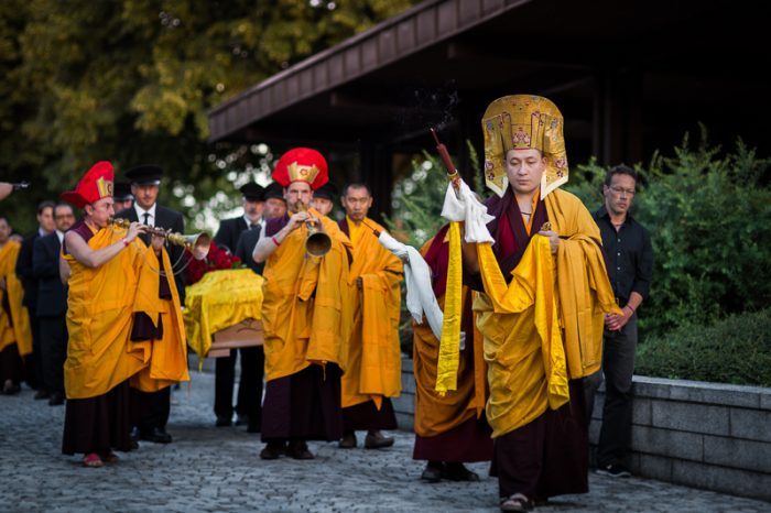 Thaye Dorje, His Holiness the 17th Gyalwa Karmapa, leads the procession as Shamar Rinpoche's kudung leaves Germany. Photo/Tokpa Korlo