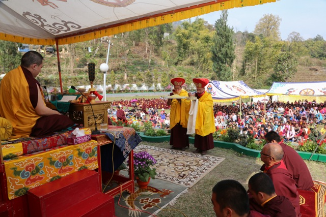 Mandala offering to Gyalwa Karmapa during the Amitayus empowerment