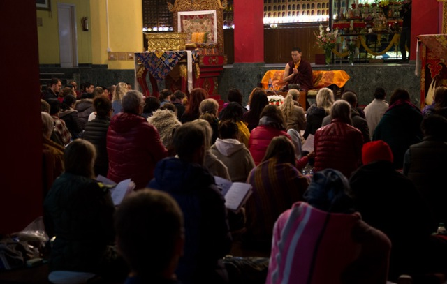 His Eminence Jamgon Kongtrul Rinpoche gives explanations on shamatha (tib: shine) meditation