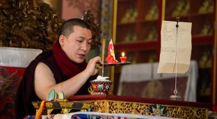 Thaye Dorje, His Holiness the 17th Gyalwa Karmapa, presides over a fire puja at His Eminence Beru Khyentse Rinpoche's guest house, India, December 2019. Photo / Norbu Zangpo