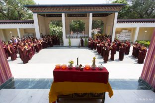 Thaye Dorje, His Holiness the 17th Gyalwa Karmapa, led the ceremonies to commemorate Shamar Rinpoche