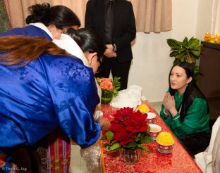 Visitors greet Sangyumla Rinchen Yangzom, Karmapa's wife