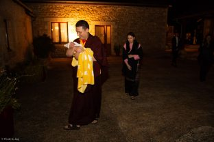 Karmapa and his wife Sangyumla Rinchen Yangzom arrive at Dhagpo Kagyu Ling with Thugsey (their son)