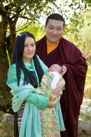 Thaye Dorje, His Holiness the 17th Gyalwa Karmapa, with Sangyumla Rinchen Yangzom, and Thugsey (their son)