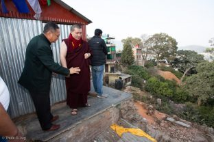 Mr Roshan and others showed Karmapa the building site and shared the progress of the work.