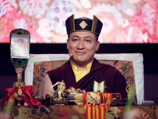 Day two in Dhagpo 2019: Thaye Dorje, His Holiness the 17th Gyalwa Karmapa, offers teachings and an empowerment to 3,000 students