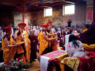 Thaye Dorje, His Holiness the 17th Gyalwa Karmapa, Sangyumla and Thugseyla at Dhagpo Kundreul Ling in Le Bost, France. Photo / Tokpa Korlo