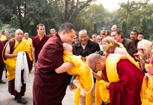 Thaye Dorje, His Holiness the 17th Gyalwa Karmapa, brings his son Thugsey with him to the Public Meditation Course at KIBI, to the delight of those present