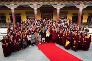 Karmapa, Sangyumla, Thugsey, Yum Mrs Kunzang, and other members of the family, together with Rinpoches, monks, KIBI staff and lay students at the Public Meditation Course 2018/2019