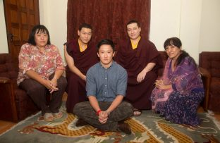 Members of the royal family of Bhutan with Thaye Dorje, His Holiness the 17th Gyalwa Karmapa. Photo/Thule G. Jug