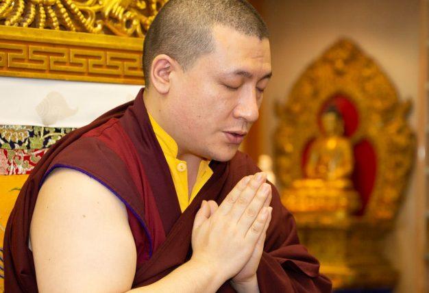 Thaye Dorje, His Holiness the 17th Gyalwa Karmapa, gives a teaching