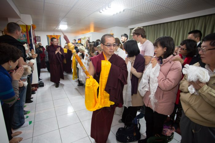 Thaye Dorje, His Holiness the 17th Gyalwa Karmapa, arrives at the Bodhi Path Center. Photo / Thule Jug